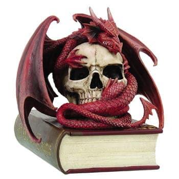 Boîte Dragon rouge lové autour d'un crâne posé sur un livre - Design officiel Anne Stokes