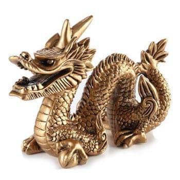 Grand Dragon chinois Feng Shui doré symbole de protection et de bonheur